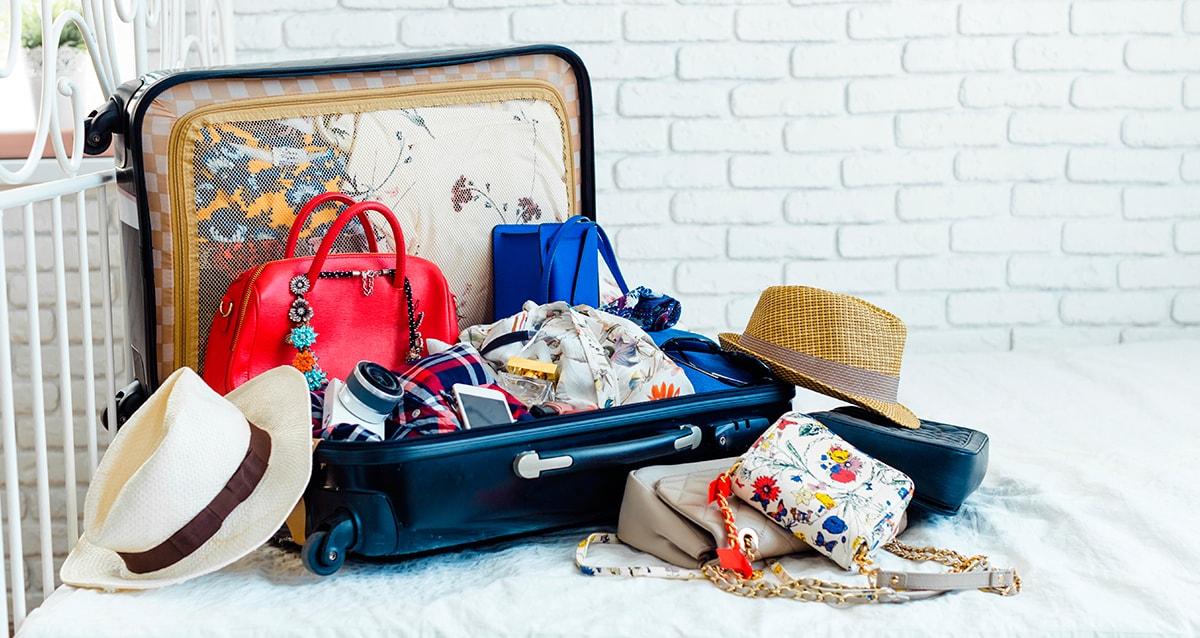 Что взять с собой на летний отдых: список необходимых вещей