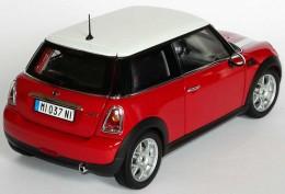 Модель автомобиля Mini Cooper (R56) Chili Red 80 42 0 410 393