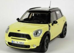 Модель автомобиля Mini Cooper S Countryman Bright Yellow 80 43 2 182 315