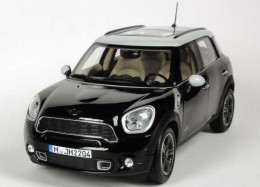 Модель автомобиля Mini Cooper S Countryman Absolute Black 80 43 2 182 316