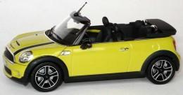 Модель автомобиля Mini cooper Convertible, Scale 1:43 80 42 2 148 813