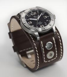 Наручные часы Mercedes-Benz Trucker 2012 B67870000