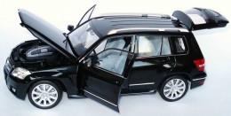 Mercedes-Benz GLK-Klasse Street (X204) iridiumsilbermet. (MB)1:18 B66960315