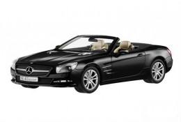 Модель автомобиля Mercedes Roadster SL R231, Black, Scale 1:18 B66960107