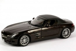 Модель Mercedes-Benz SLS AMG Roadster, Brown, Scale 1:18 B66960080