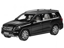 Модель Mercedes-Benz GL-Klasse, Offroader, Black, Scale 1:18 B66960098
