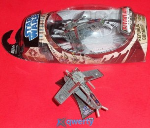 Фигурка Hasbro STAR WARS CLONE WARS RED & GREY REPUBLIC GUNSHIP - 2008